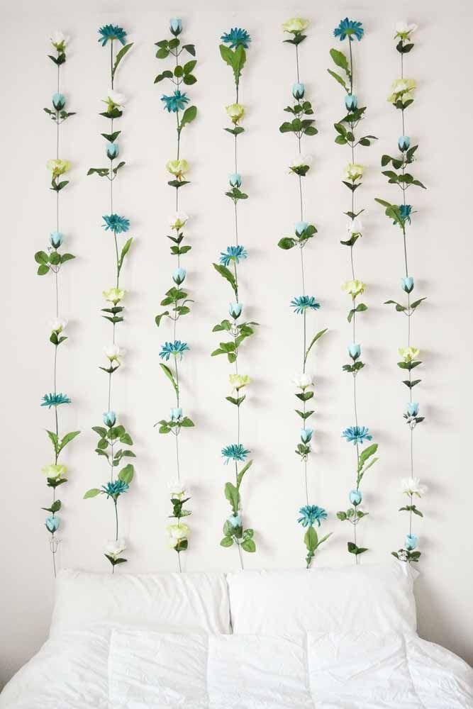 Cortina de flores azuis para decorar o quarto de fundo branco