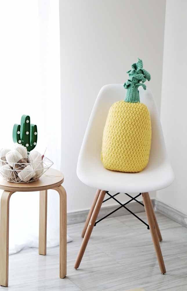 Para combinar com o bom humor da casa, faça almofadas no formato de frutas