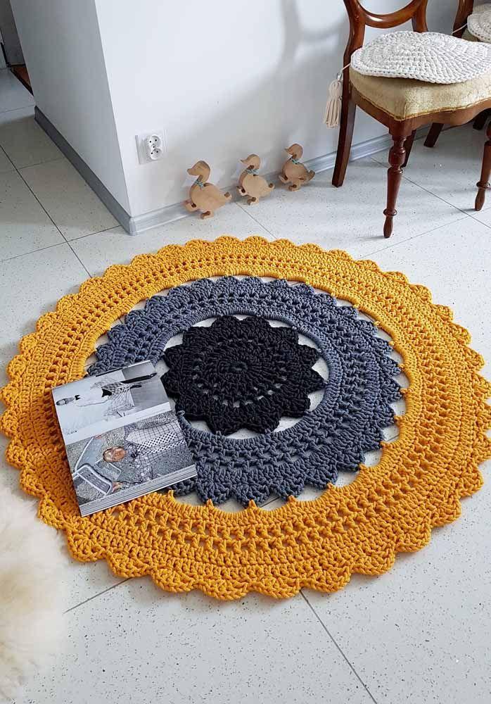 Um tapete redondo para deixar seu piso mais charmoso