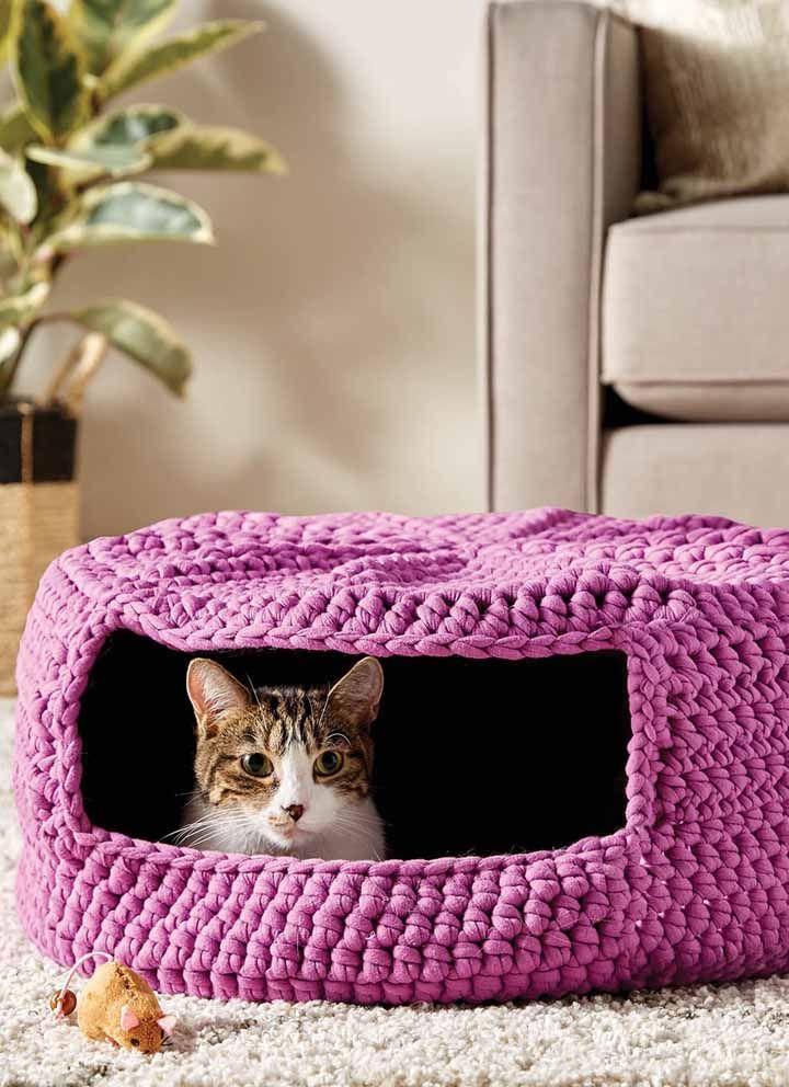Até a casinha do pet fica charmosa se feita de crochê