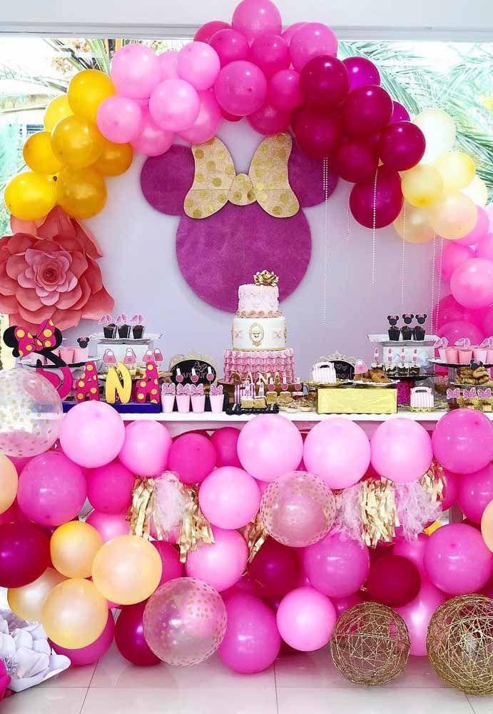 Muito rosa para compor a decoração dessa festa Minnie