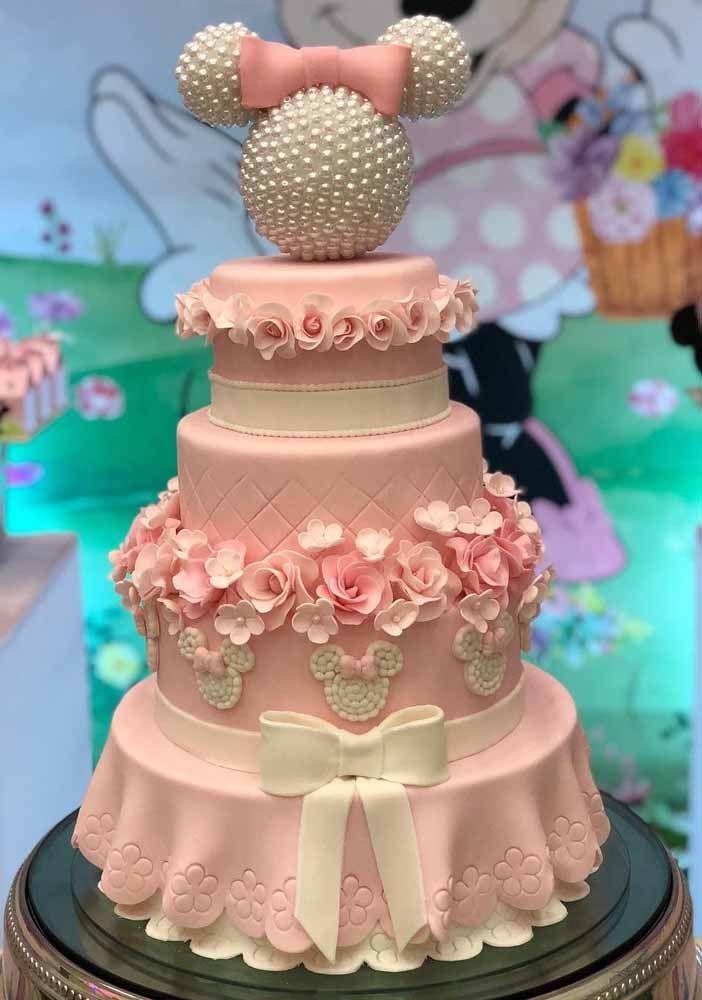 È um bolo, mas bem que poderia ser o vestido da Minnie