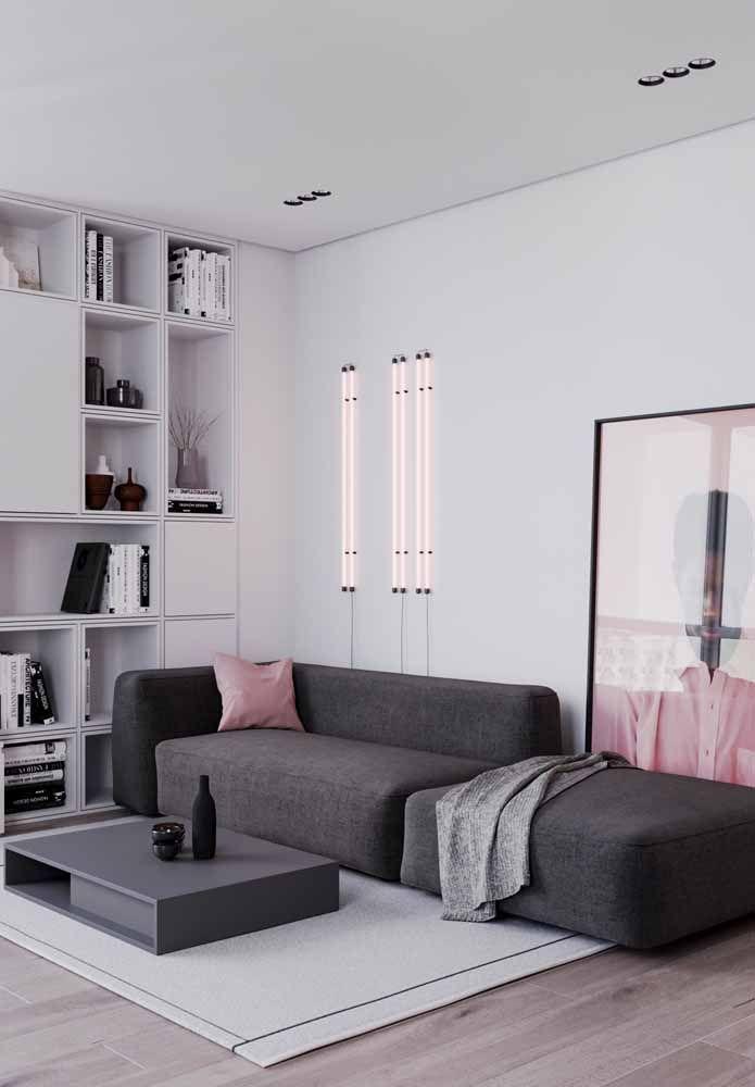 Mas mesmo que fiquem na mesma cor da parede, os nichos vão continuar sendo úteis e decorativos