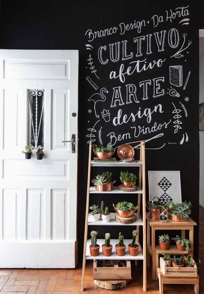 No hall de entrada, o Chalkboard já dá uma ideia do que está por vir no interior da casa