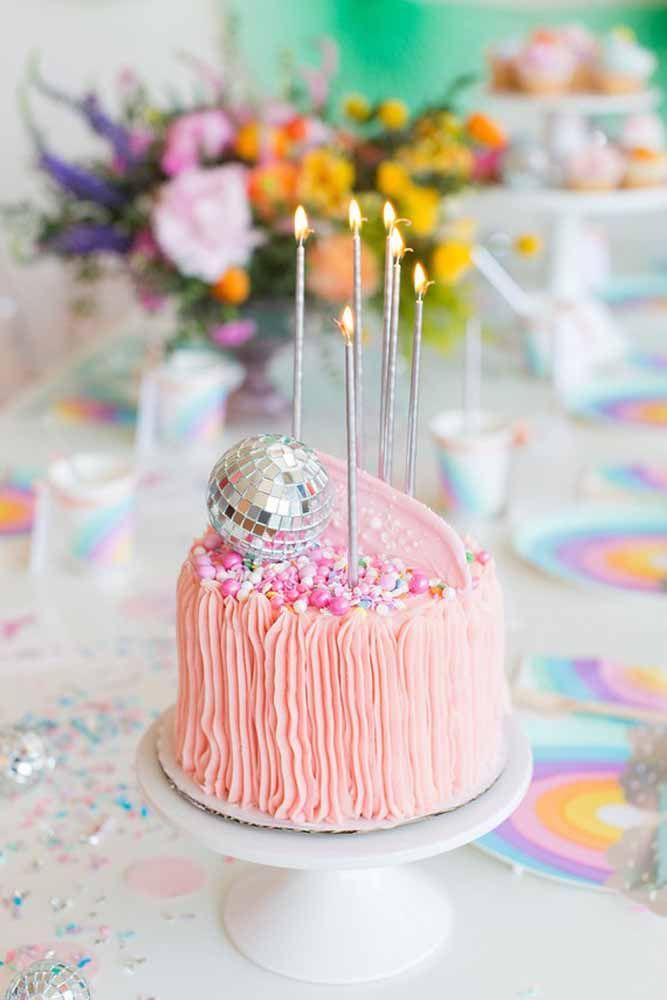 E não se esqueça das velas de aniversário