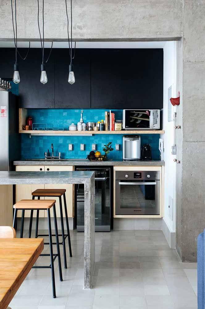 Combine eletrodomésticos de design moderno para deixar a cozinha modulada mais destacada