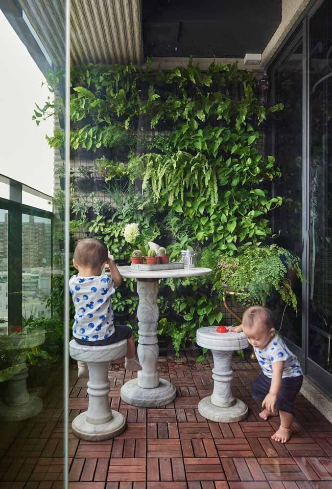 Motive as crianças a conviver com plantas desde cedo