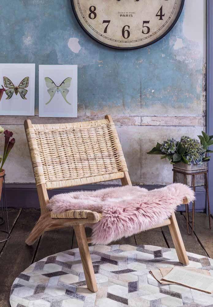 Não se esqueça de usar um assento confortável para a poltrona de vime