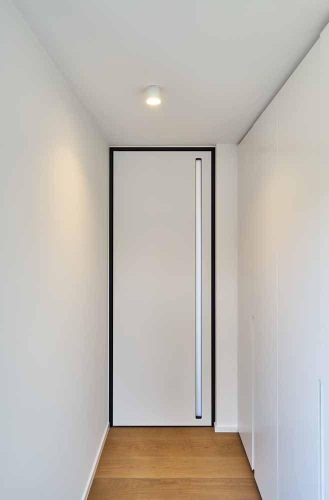 Branca como as paredes