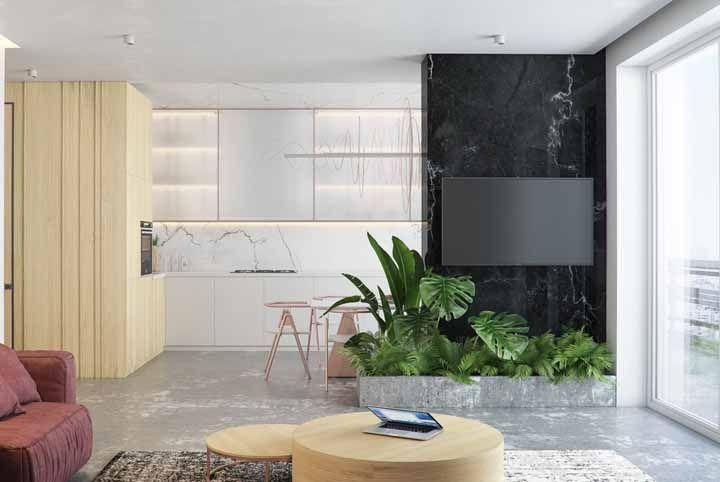 Cimento queimado e mármore: uma combinação de contrastes que deu certo