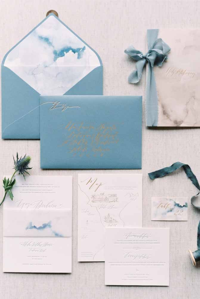 Personalize o convite de casamento com o tema praia