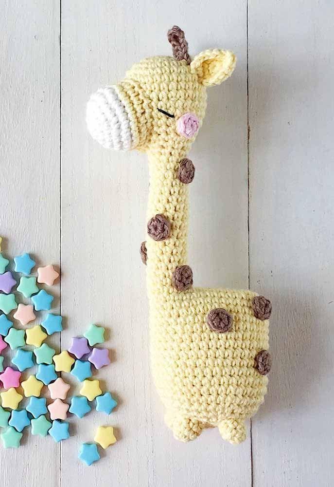 A girafinha não perdeu nenhum detalhe