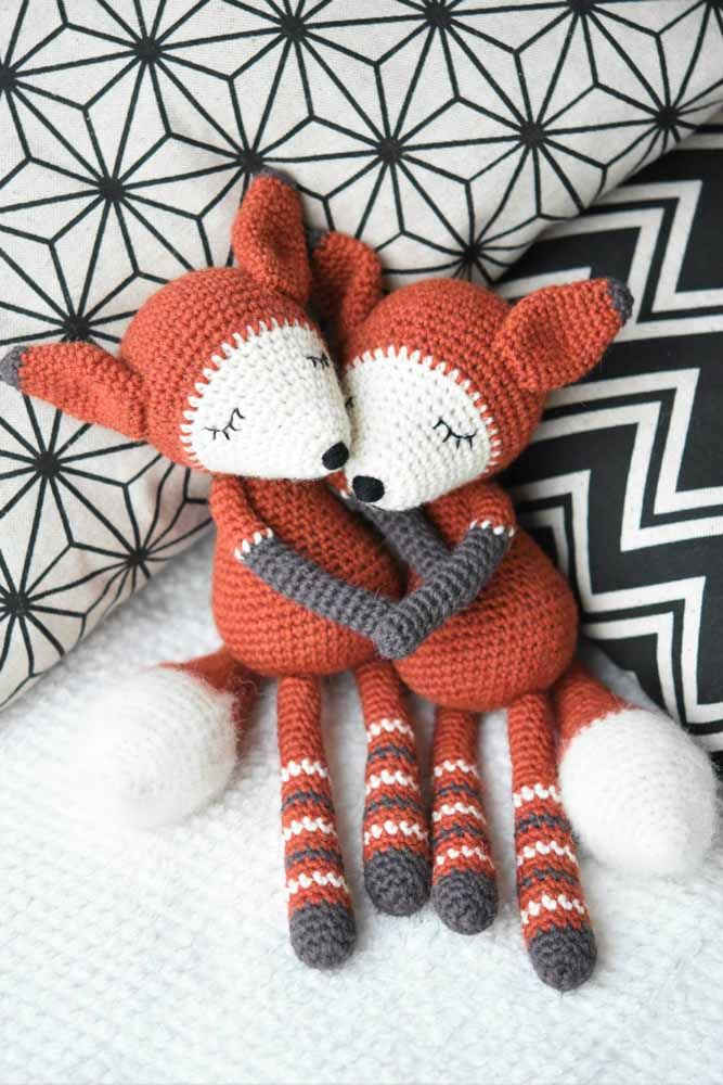 Amigurumi Fox Keyring - How to Crochet (Part 2) - YouTube | 1000x667