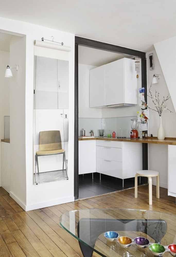 Qualquer cantinho é suficiente para instalar uma cozinha