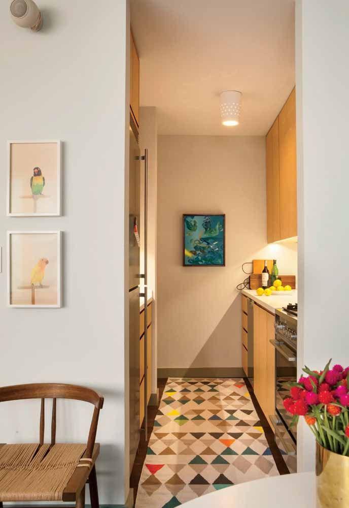 O que um tapete não faz em uma cozinha?