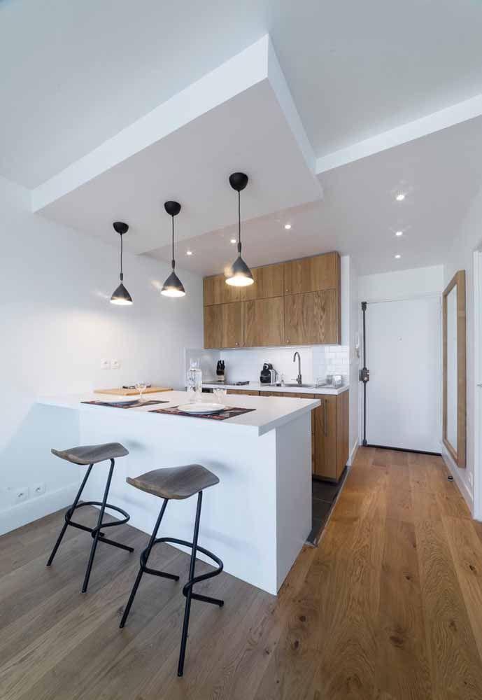 Para deixar a cozinha americana mais charmosa, basta investir em armários diferenciados