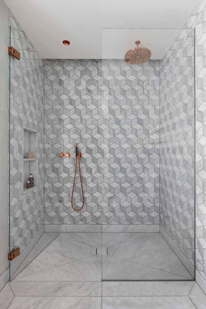 Parede geométrica cinza para a área do banho