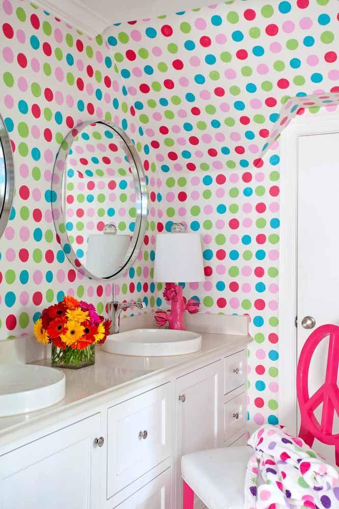 Póa colorido e alegre para o banheiro