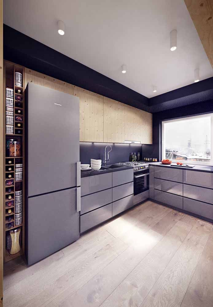 Para uma cozinha organizada e decorada conte com a ajuda de armários sob medida