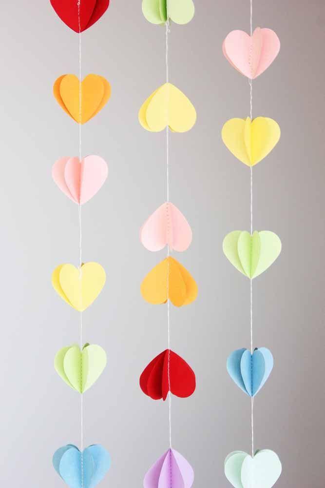Cortina de corações 3D: não importa para qual lado você olha, sempre vai ter um coração perfeito olhando para você também