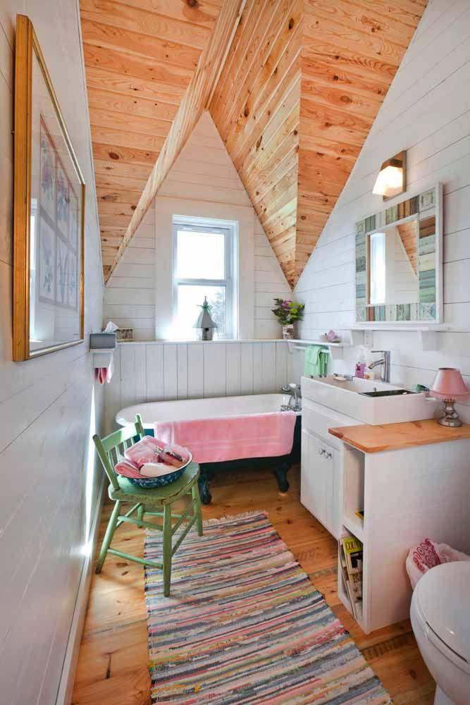 Branco e madeira de pinus: uma combinação perfeita de tons para o estilo hygge