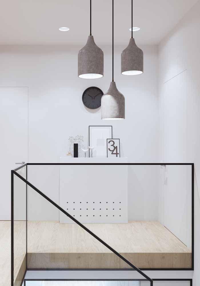 Branca e minimalista