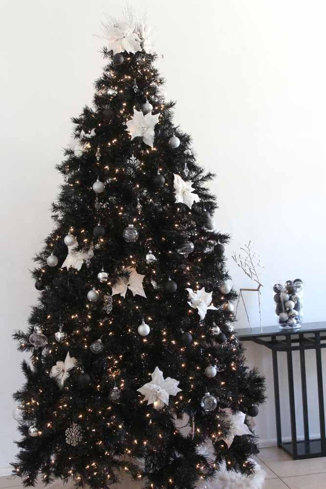A árvore é um dos principais símbolos do natal