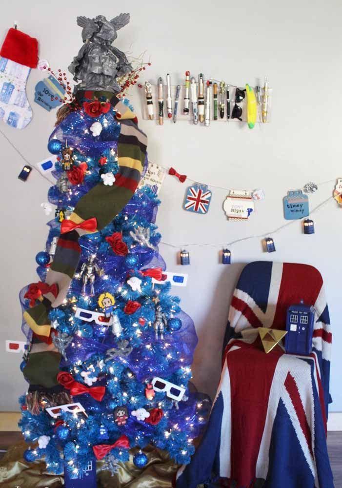 Que tal decorar a árvore de natal inspirada em algum filme ou país?