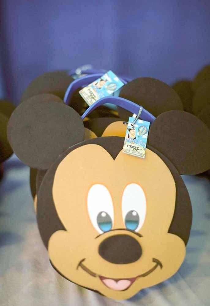 Lembrancinha com a carinha do Mickey
