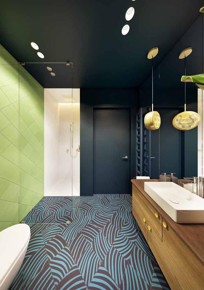 Explore a possibilidade de levar cores para o teto, paredes e chão