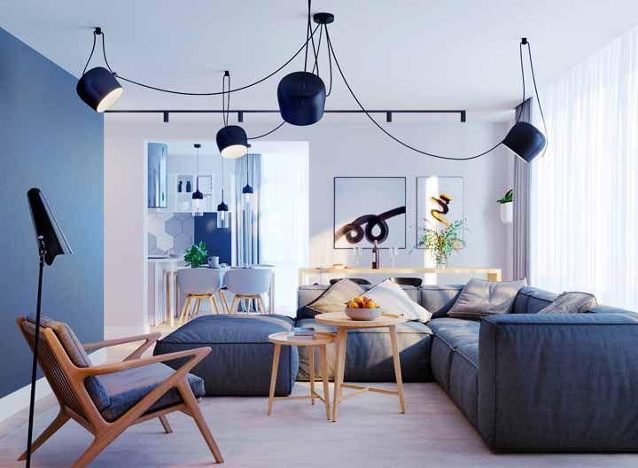 Para quem deseja cor na decoração, mas sem ousar demais, o azul é a melhor opção