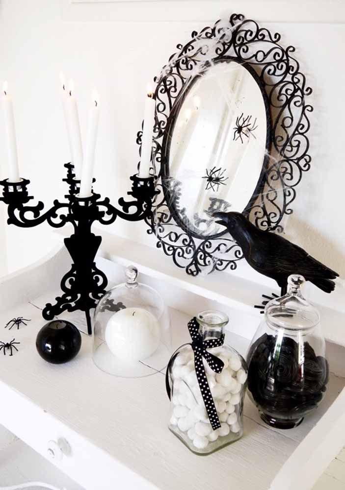 Um corvo preto: esse dá medo!