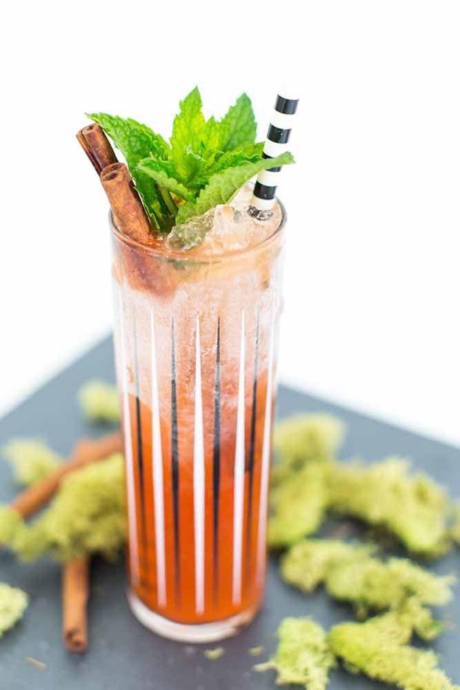 Drink refrescante para comemorar o Dia das Bruxas
