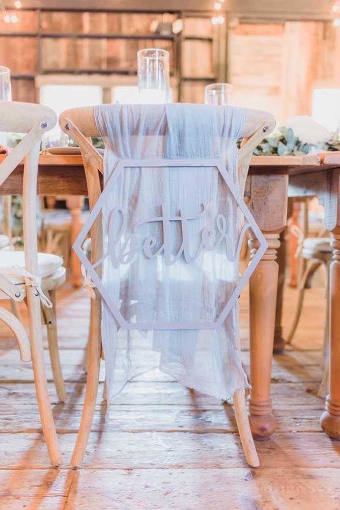 Cadeiras especiais para o casal