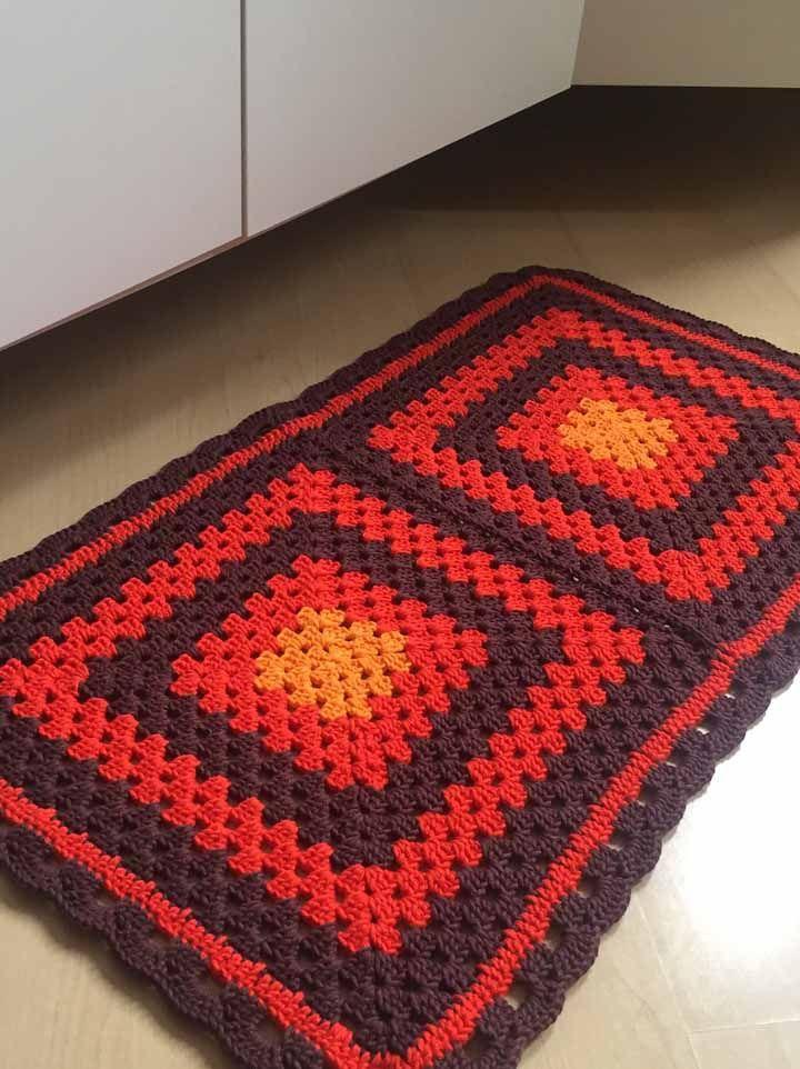 Um tapete de crochê que não passa despercebido