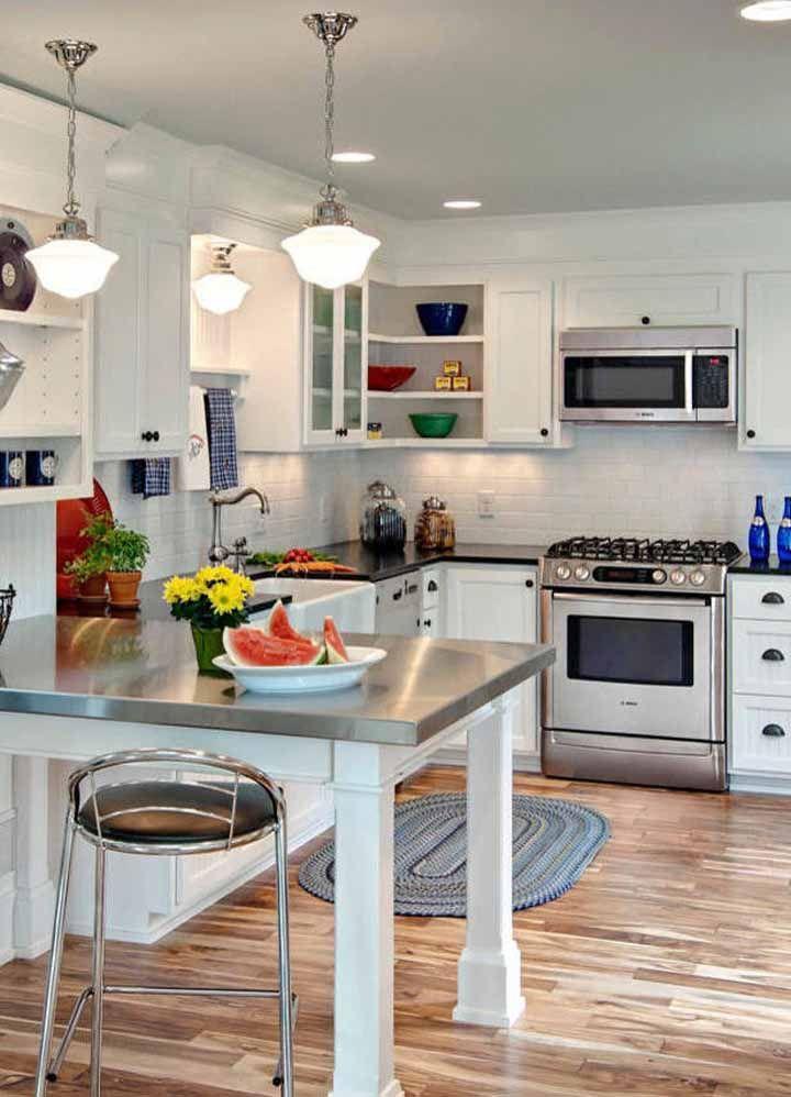 Um modelo oval também faz sucesso na cozinha