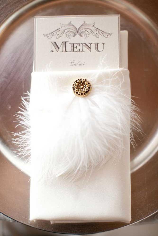 Penas e plumas: do convite ao menu