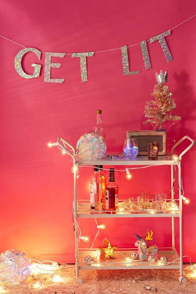 """Bebidas e luzes para """"acender"""" a festa"""