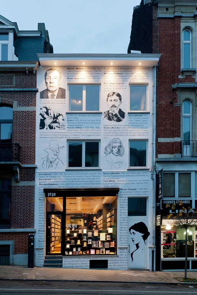A fachada dessa livraria não poderia ser mais original!