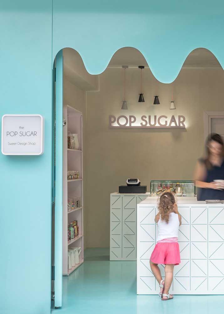 Candy colors para a fachada da loja de doces: tudo a ver