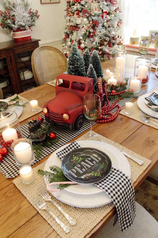 Enfeite de mesa para o natal com aquilo que você tem em casa