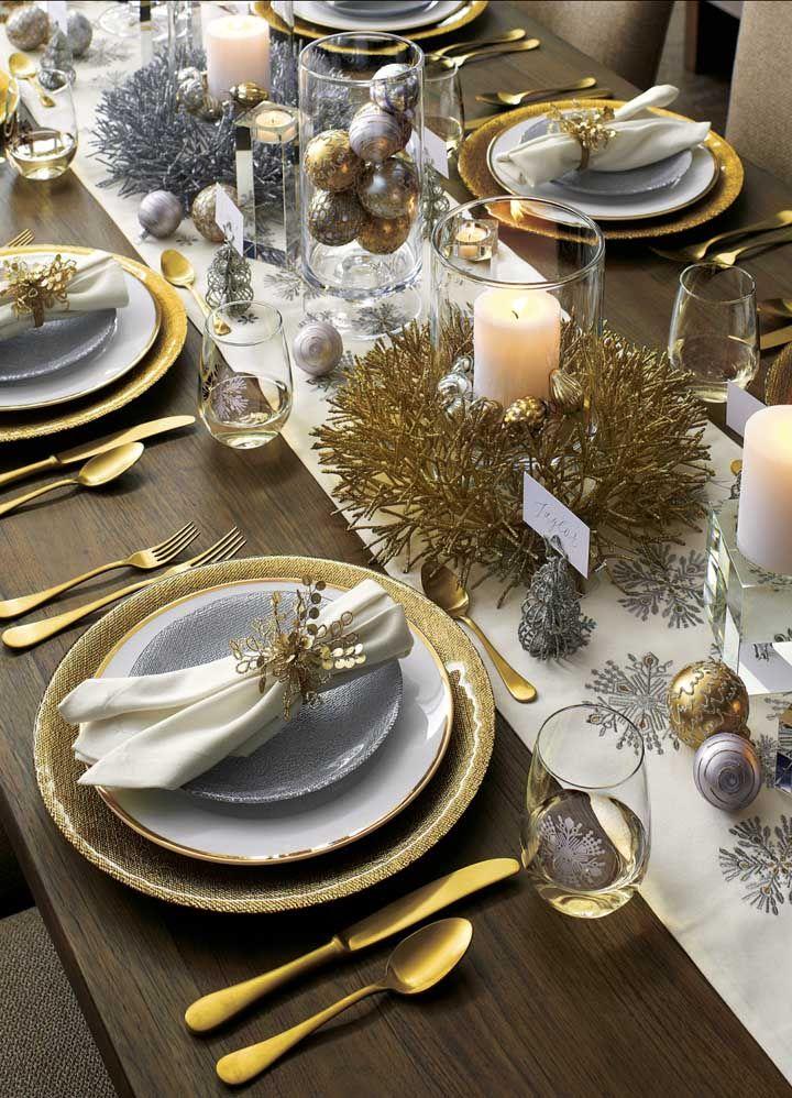 Prata e dourado: as cores escolhidas para esse enfeite de mesa de natal