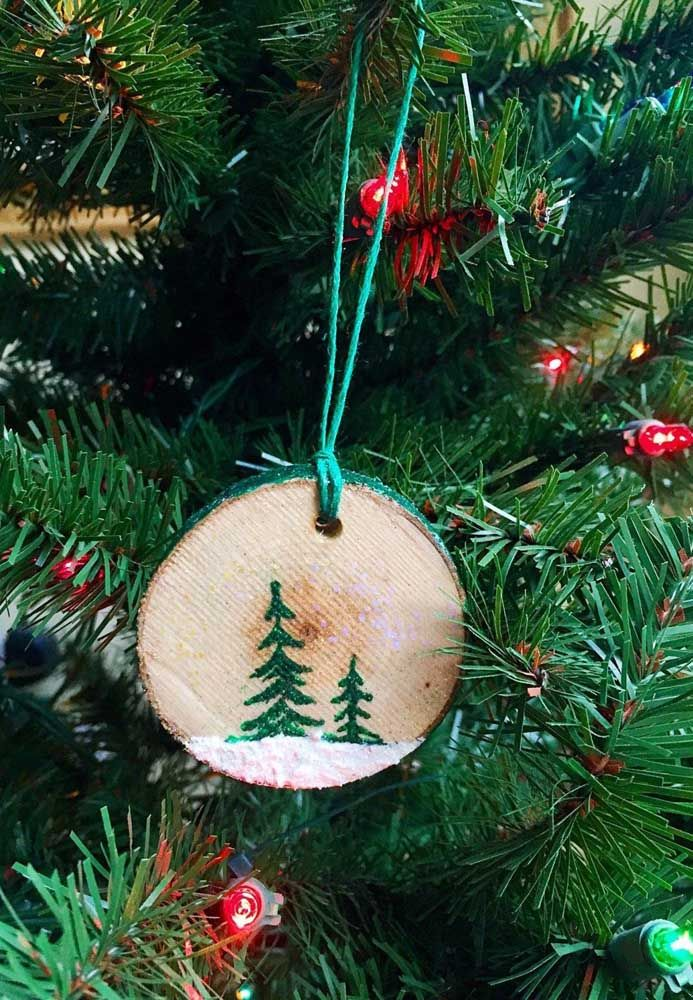 CD com cara de tronco de árvore