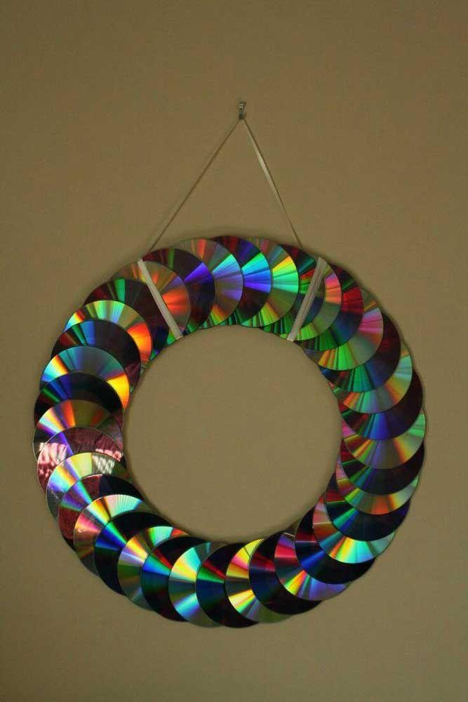 Como vieram ao mundo! Deixe que o brilho natural do CD seja o principal elemento da decoração