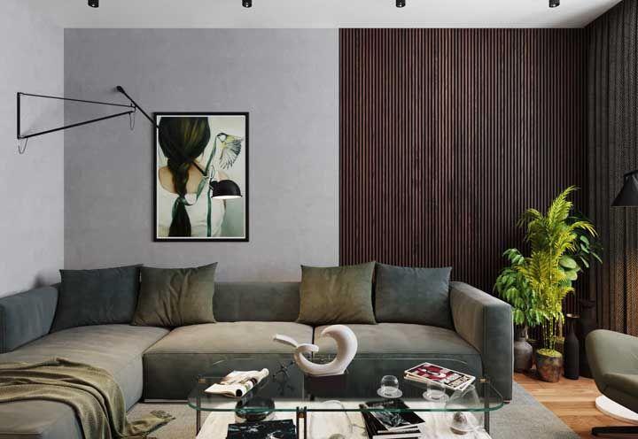 Aposte em tons de madeira bem diferentes para criar uma decoração forte