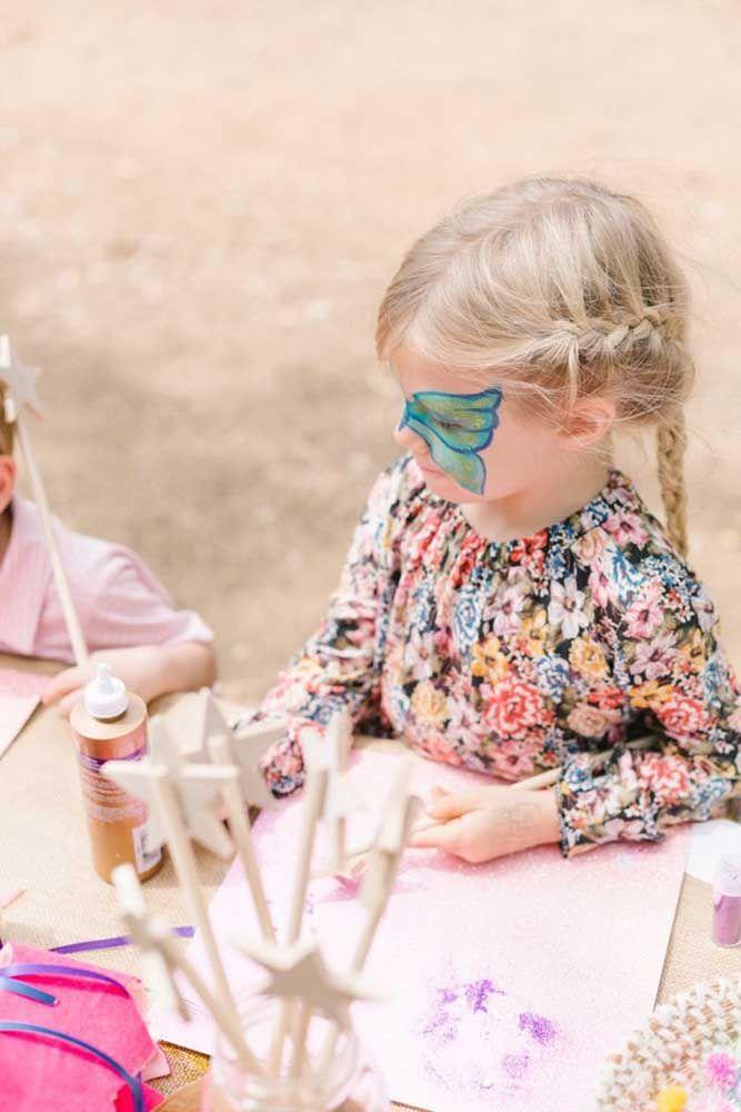 Leve pintura facial para a festa Jardim Encantado; as crianças vão adorar a ideia