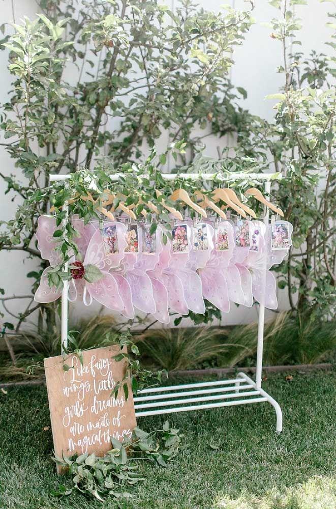 Transforme as pequenas convidadas em lindas borboletas durante a festa Jardim Encantado
