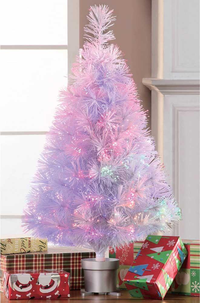 Árvore de LED e cheia de cores