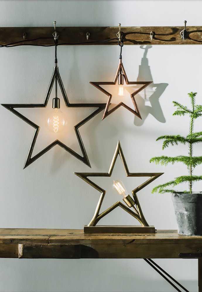 Em cada estrela, uma lâmpada: use-as como luminárias ou enfeite