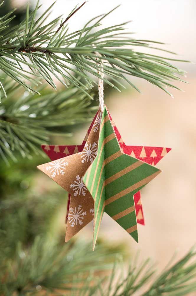 Para cada lado que se olhe, uma estrela de natal diferente